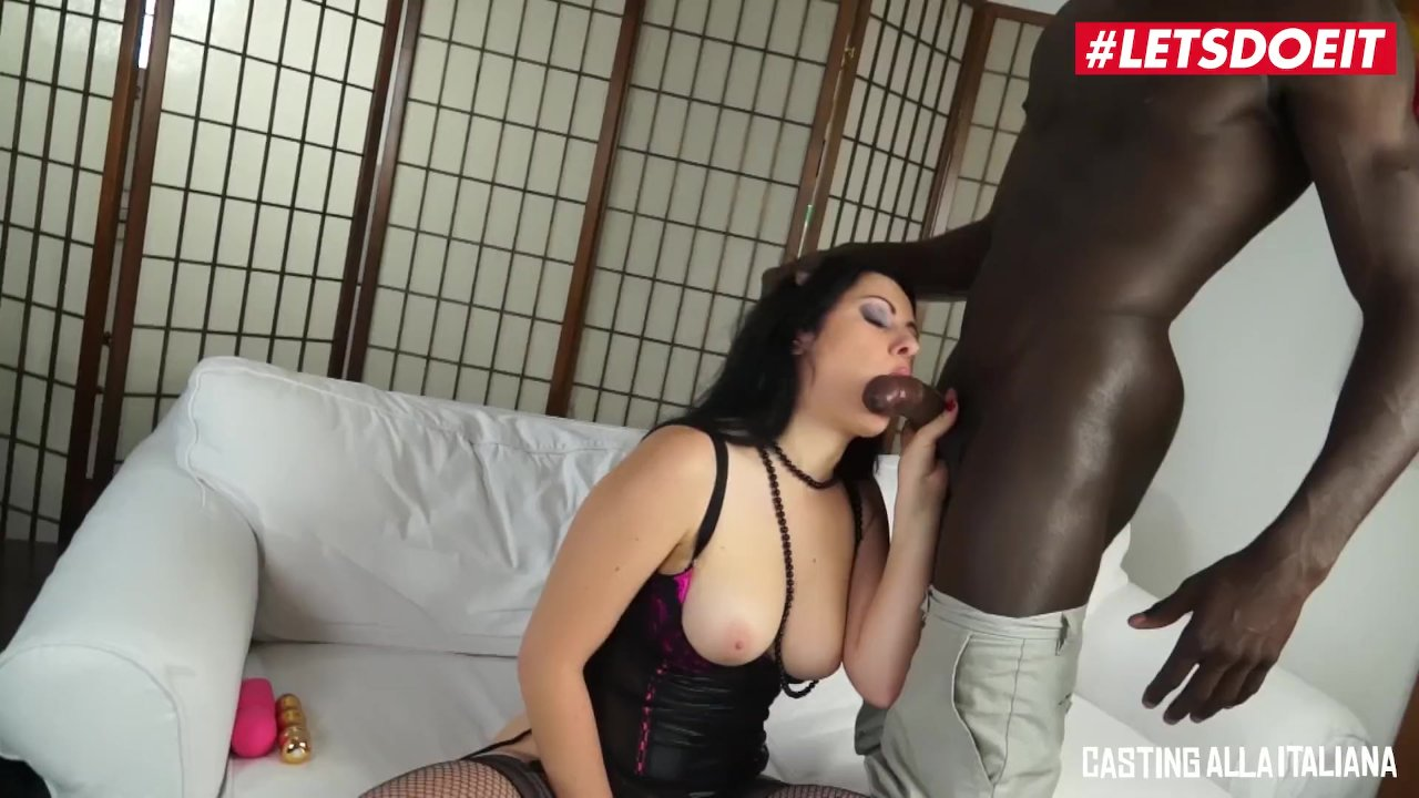 Big Butt PAWG Nilla Cake Gets fucked by big black cock