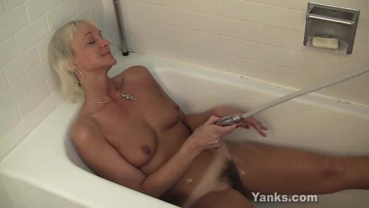 Yanks Grandma Barbie Lynn Water Fun
