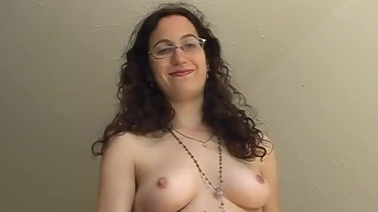 Hairy amateur with a slim body masturbates with a toy