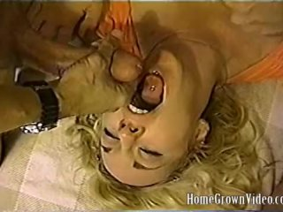 Wife gets shagged and creamed