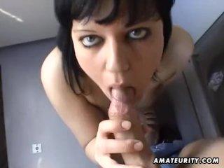 Amateur girlfriend blowjob with cumshot