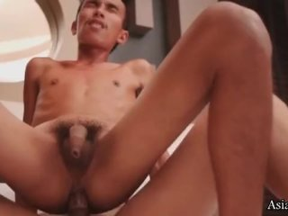 Twink needs some cock