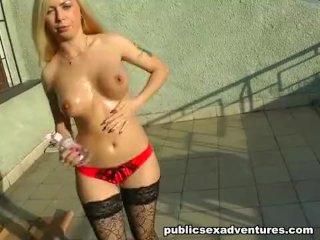 Very hot public adventure