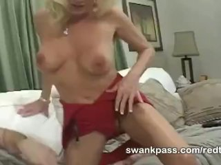 MILF Bridtette Lee gobbles youthful cock
