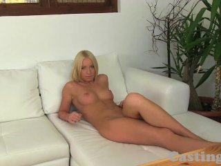 Castingxxx blonde hottie milks big cock