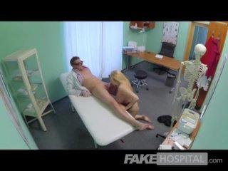 FakeHospital – Busty beautiful blonde soaks