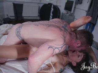 JoyBear Sexy housemate fucking her friend