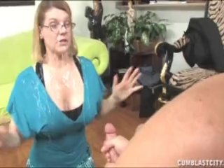 This Milf Wants To Get Blusted