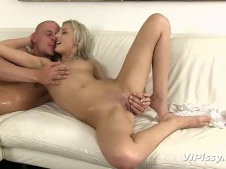 Petite blonde fucked and rinsed with hot pee