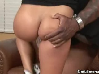 Bootylicious Babe Sucks That Big Black Cock