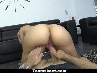 Oyeloca Presents Hot Latinas Getting Fucked