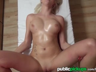 Mofos – Perfect blonde gets fucked for cash