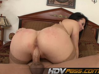 Cougar Bitch Runned Over By Boss Cock
