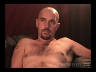 Mature Amateur Allen Jacking Off