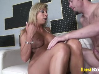 Milfs like Morgan Ray are meant for pounding
