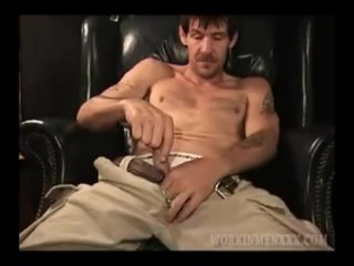 Mature Amateur Randy Jacking Off