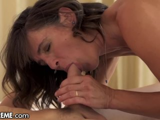 21Sextreme Hot GILF gets Young Cum