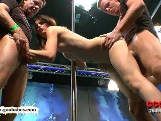 Beautiful Skinny MILF Susana takes it deep in the Ass – German Goo Girls