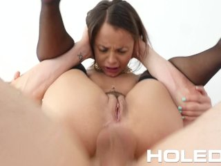 HOLED Petite Holly Hendrix loosens up her butt with toys before anal