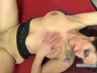 Lavender Rayne gets her pussy pounded