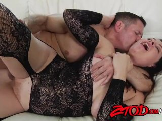 Busty Babe Sovereign Syre getting hammered