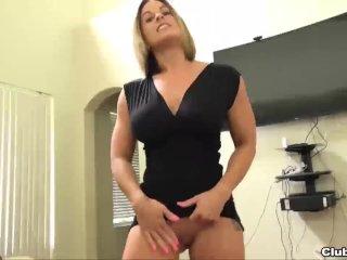 Horny sexbomb POV blowjob