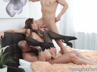 Young Sex Parties – Double-team party with Hazel