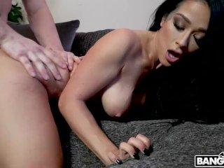 BANGBROS – Katrina Jade Showing The PA Some Love