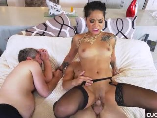 Honey Gold's Lazy Cuckold Husband Can Not Please Her