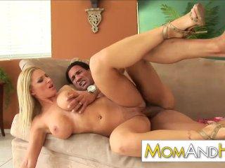 MILF Gianna Lynn loves to taste cum after good doggystyle fucking
