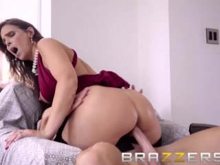 Soon To Be Mother In Law Tests Out Groom – Brazzers