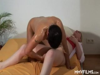 Doing His Friend´s Mom