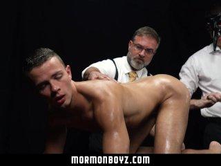 MormonBoyz – Smooth athletic bottom used in secret sex ceremony