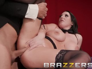 Brazzers – Angela White's magic ass makes cocks disappear