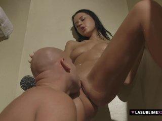 LaSublimeXXX – Erotic sex in bathtub with Mia Manarote