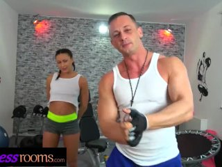 Fitness Rooms Married Euro couple wild fuck and deepthroat in the gym