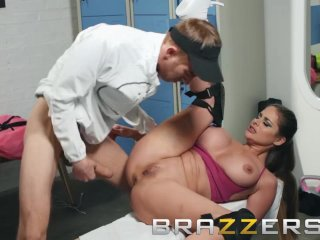 Brazzers – Cathy Heaven gets some big cock as a pre workout