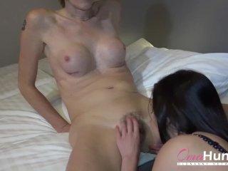 OmaHunteR Grandma Enjoying Hot Teen Attention