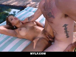 MYLF – Sexy Latina Mylf Fucked Outdoors