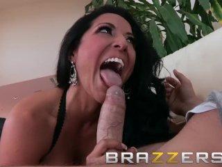 BRAZZERS – Latina milf Kiara Mia rides Manuel Ferrara