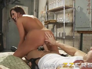 Busty brunette Ariella Ferrera needs to work for her spot in the – Brazzers