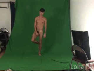 Twink dreamboat spreads his ass cheeks