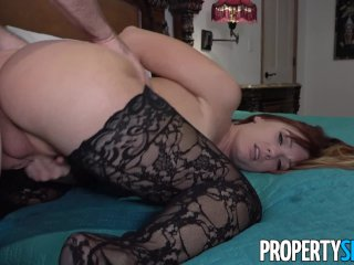 PropertySex – Real estate agent busted playing with herself