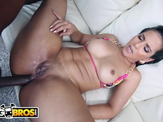 BANGBROS – Thicc Latina Rose Monroe Tries Anal With Rico Strong's Big Black