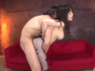 Kyouko Maki fucked by two males and made to – More at Japanesemamas com