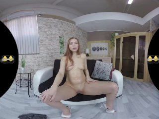 VR Hot Pissing Action