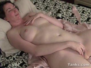 Yanks Inara Byrne's Killer Cum