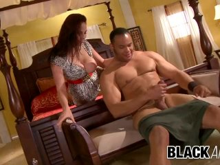 Black and Big – Natural Goddess Gianna Michaels Takes a BBC to Its Limit
