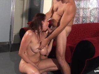 Lush brunette, Gianna Michaels rides a stiff meat stick