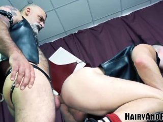 HAIRYANDRAW Cock Ring Daddy Tom Carlton Fucks Muscular Sub